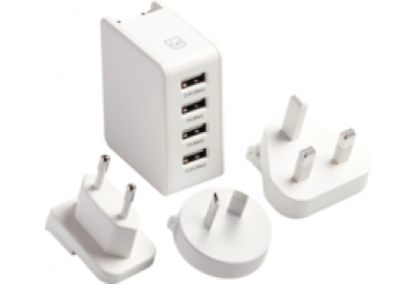 Worldwide adapter met 4 usb poorten
